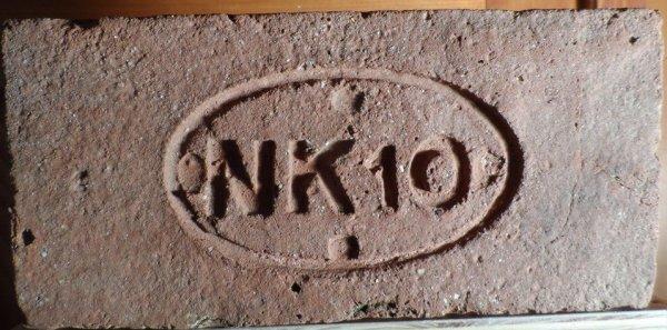NK 10- Získáná od pána v obci Vranovice-Kelčice na Prostějovsku.Rozměr 28,5x13,5x7,5.