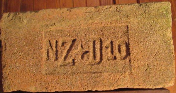 NZ hvězdička D10 - místo nálezu Bulhary. Ziegelei Drösing. Rozměr 29,5x14x6,5. (2)